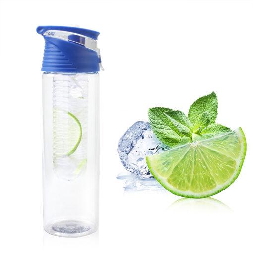 Trinkflasche mit Fruchtinfusion