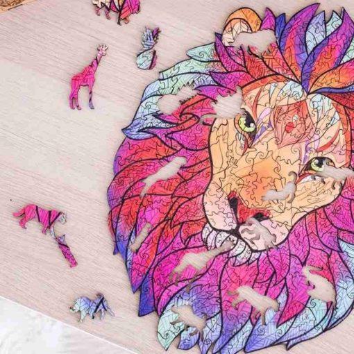 Holzpuzzle aus Tierteilen Löwe
