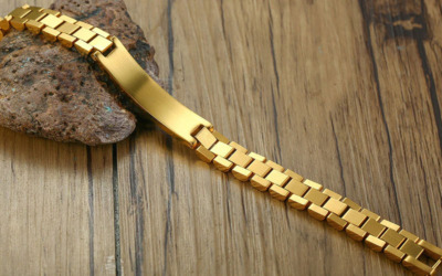 Gold Männer Armband mit Gravur
